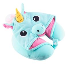 Whisk yourself away to the land of magic and dreams no matter where you are with our kigurumi-inspired Unicorn Neck Pillow! Made of soft poly with a button snap enclosure and drawstrings on the hood for any unicorn lover Real Unicorn, Cute Unicorn, Rainbow Unicorn, Unicorn Birthday Parties, Unicorn Party, Unicorn Gifts, Unicorn Rooms, Neck Pillow Travel, Travel Pillows