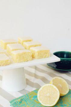 Cuadrados Húmedos de Limón Hechos para Experimento Casa Cuadraditos de limón | Receta / Experimento Casa