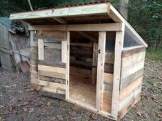 chicken coop made out of pallets - Google Search #ChickenCoopPlans