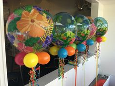 Hawaiian bubble balloons