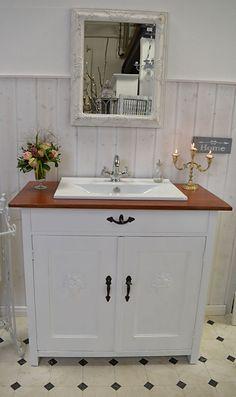 ventoux nostalgischer landhaus waschtisch von badm bel. Black Bedroom Furniture Sets. Home Design Ideas
