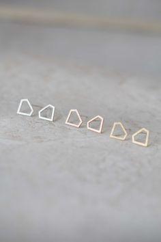 Lovoda - Diamond Outline Earrings, $12.95 (http://www.lovoda.com/diamond-outline-earrings/)