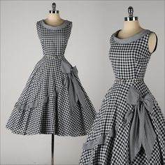 ➳ vintage 1950s dress    * black/white gingham print cotton  * cotton lining  * side bow w/woven ribbon  * detached belt  * metal back zipper