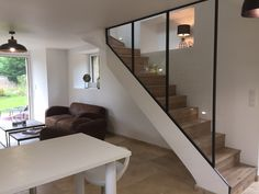 This is also true for that basement stairs. Home Stairs Design, Modern House Design, Home Interior Design, Basement Stairs, House Stairs, Townhouse Designs, Staircase Makeover, Ceiling Light Design, New Homes