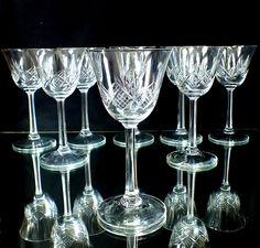 8 Art Deco, Kristall, Weingläser mit Schliff, Antik, Kristall Glaskunst weiß