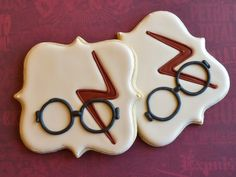 Harry Potter inspired cookies by LizyBsbakeshop