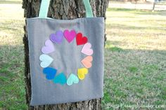 rainbow heart tote diy Rainbow Heart, Sewing Accessories, Felt Diy, Sewing Patterns, Reusable Tote Bags, Spring, Bright, Crafts, Diys
