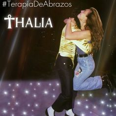 Terapia de abrazos @LadyTH Thalia y Michael Jackson