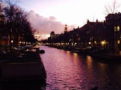 Evening strolls along the canal. #Amsterdam #explore #streetphotography #travelbloggers