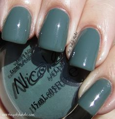 Love the color..grey with a hint of black and blue