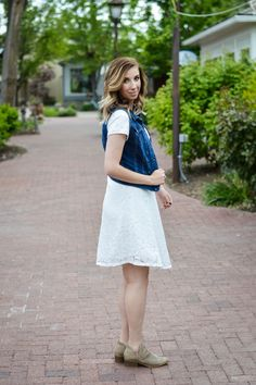 f8f8f3ac2619 Three Easy Ways to Style a White Summer Dress  Edgy