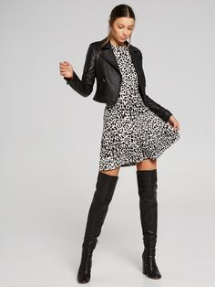 Searching for the perfect jacket to complete your outfit? Shop the latest trenches, coats, blazers and leather jackets online now at Portmans. Biker Jacket Outfit, Leather Jackets Online, Workwear Fashion, Puffer Jackets, Women's Jackets, Jackets For Women, Clothes For Women, Occasion Dresses, Pleated Skirt