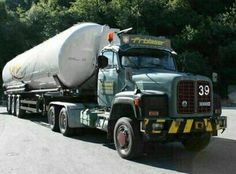 Saurer Classic Trucks, Cool Trucks, Rigs, Transportation, Europe, Vehicles, Vintage, Bern, Photos