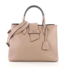 5c70125345782b 15 Top handbag shapes images in 2019