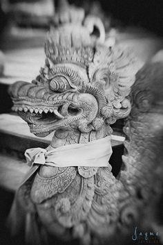 Dragon Statue in Bali, Indonesia. www.jayme.me