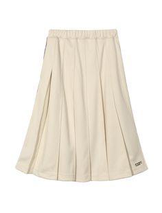両サイドにレトロなラインが配置されたプリーツスカート。ざっくりと大きめのボックスプリーツ&ひざ下丈で、スポーティーながらも、女性らしさとクラシカルな雰囲気を兼ね備えています。合わせるトップスを選ばず、アクティブ&今旬にアップデートしてくれます。同デザインでジャケットも展開してるので、セットアップで着用するとモダンで新鮮な着こなしに。左裾にはブランドロゴが配され、オフホワイト、ネイビーの2色展開。  ※こちらはWomenアイテムになります。