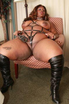 Ebony bbw dominatrix
