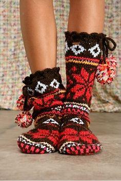 slippers socks with pom poms ooh please! Slipper Socks, Slippers, Cozy Socks, Fluffy Socks, Fun Socks, Winter Socks, Knitting Socks, Pulls, Warm And Cozy