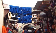 Souk des Teinturiers, Marrakech lowcost morocco travel guide, this is the area of the market that sells dyed fabrics.