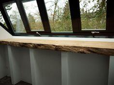 Vensterbank - eiken voor in de woonkamer ... ooit... Nu vrij smalle vensterbank. Lengte rond 222 cm nodig.