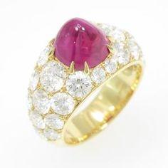 Gimel Ruby ring. r. 3.825ct, d.3,918ct, 幅11.4mm, 10号。