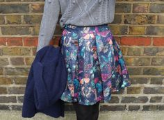 cocomamastyle | outfit of the day | yummy | metallic print skirt | grey chunky knit sweater