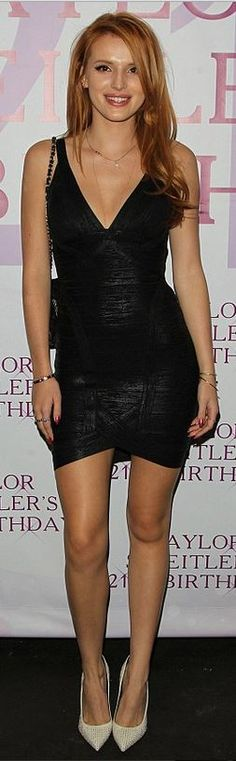 Who made Bella Thorne's black dress, gold jewelry, and black quilted handbag