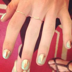 Obsessed with the V-shape manis at Veronica Beard courtesy of Essie. Colors in the pic: Penny Talk and Mint Candy Apple. #NYFW