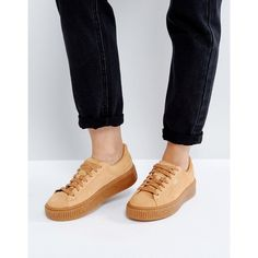 Puma Suede Platform Speckled Sneakers (1.715 ARS) ❤ liked on Polyvore featuring shoes, sneakers, tan, lacing sneakers, suede shoes, suede sneakers, platform lace up shoes and platform trainers
