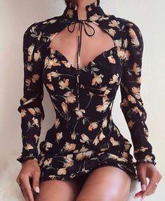 Chic Me: Women's Fashion Online Shopping Trend Fashion, Look Fashion, Fashion Moda, Classy Fashion, Petite Fashion, Couture Fashion, Hijab Fashion, Fashion Styles, Fashion Fashion