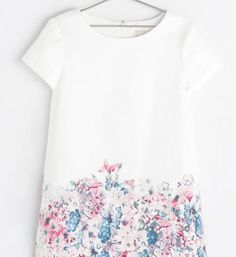 Girls' floral clothes - dress at Zara. Isn't that lovely?