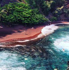 20. Kaihalulu Red Sand Beach, Maui