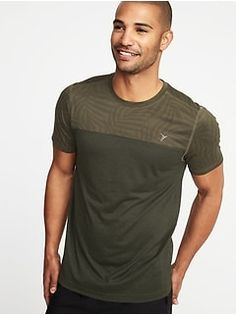 Old Navy Go-Dry Print-Block Performance Tee for Men Comfortable Flats, Mens Activewear, Shop Old Navy, Active Wear, Short Sleeves, Tees, Mens Tops, Handmade, Fashion