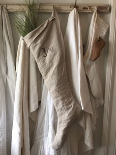 Primitive Linen Stocking by 1871Farmhouse on Etsy https://www.etsy.com/listing/254829719/primitive-linen-stocking