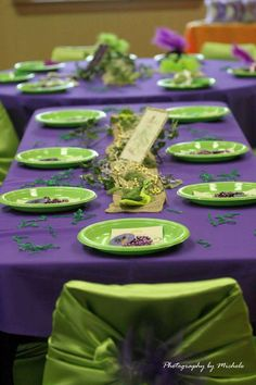 I like the purple and green together Frog Birthday Party, Birthday Plate, Birthday Parties, Birthday Ideas, Frog Princess, Princess Birthday, Girl Birthday, Frog Baby Showers, Daisy Party