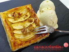 Un'irrefrenabile voglia di dolce e dell'ottimo gelato, ecco la sfoglia di mele con gelato alla vaniglia pronta in un attimo.