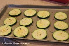 Zucchini Pizza Wheels! Low Carb Meal That Tastes Amazing!