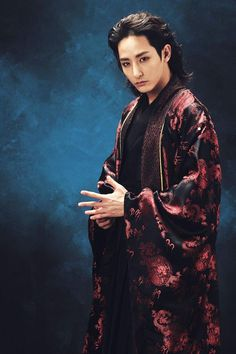 Lee Soo-hyuk as Gwi-A bloodthristy and evil vampire 'The Scholar who walks to the night' Korean Actresses, Asian Actors, Korean Actors, Korean Dramas, Kim So Eun, Kim Hyun, Sung Joon, Joon Gi, High Fantasy
