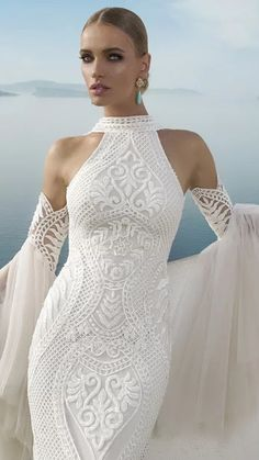 Glamorous Julie Vino Wedding Dresses - MODwedding The latest Julie Vino wedding dresses are more stunning than we could've ever imagined! This beautiful inspiration from . 2016 Wedding Dresses, Wedding Dress Trends, Colored Wedding Dresses, Bridal Dresses, Wedding Gowns, Dresses 2016, Wedding Venues, Mod Wedding, Wedding Bands