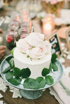 Brides.com: 37 of the Prettiest Floral Wedding Cakes