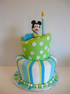 Not crazy about the mickey, but love the topsy turvy cake.