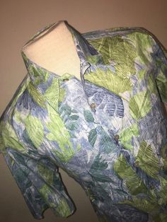 Tori Richard men's Cotton Lawn Hawaiian Shirt Mens Size Small Palms Green/Blue  #ToriRichard #Hawaiian