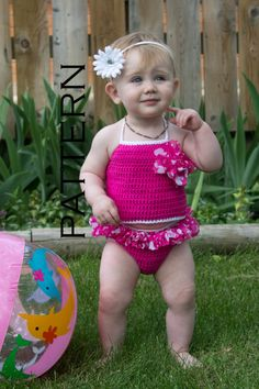 This is a crochet pattern for our baby ruffle swim suit. This adorable swim suit features a cute ruffle flower on top and as well as a ruffled