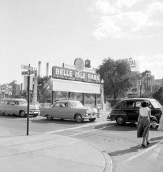 Vintage photos of Belle Isle, Detroit. Photos courtesy of Virtual Motor City.