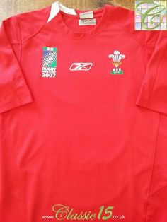 Relive Wales' 2007 World Cup with this original Reebok home pro-fit rugby shirt. Wales Rugby Shirt, Rugby Shirts, 2007 World Cup, Rugby Kit, Millennium Stadium, Air New Zealand, Six Nations, Rugby World Cup, White Trim