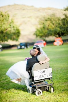 Amazing real ALS #wedding story, must read! Photography: www.lizwangphotography.com Read More: http://www.stylemepretty.com/2014/09/02/love-in-adversity-a-real-als-story/