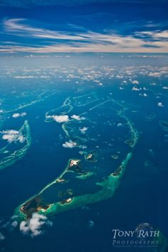 part of the South Water Caye Marine Reserve, Belize Barrier Reef from 10,000 ft. ✯ ωнιмѕу ѕαη∂у