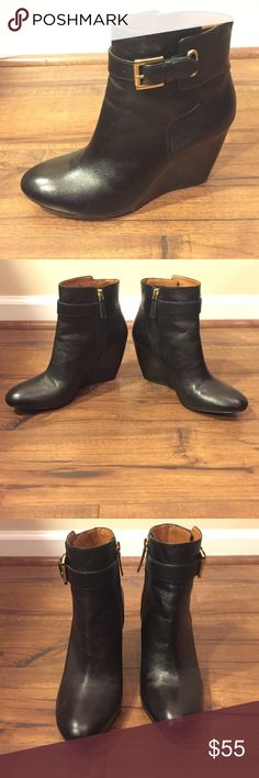 """Nine West wedge ankle boots Beautiful Nine West ankle boots with a 3.25"""" wedge heel. 100% genuine leather upper. Size 9M. Black leather with gold-colored hardware. Only worn once! Excellent condition. Nine West Shoes Ankle Boots & Booties"""