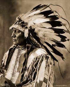 Brulé Chief Hollow Horn Bear - Mato-he-oklogeca - son of Iron Shell 1898