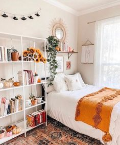 Bohemian Style Ideas for Bedroom Decor Design, ., cuarto Bohemian Style Ideas for Bedroom Decor Design, . Room Ideas Bedroom, Small Room Bedroom, Home Bedroom, Bedroom Inspo, Apartment Bedroom Decor, College Bedroom Decor, Cute Bedroom Ideas, Teen Room Decor, Master Bedroom
